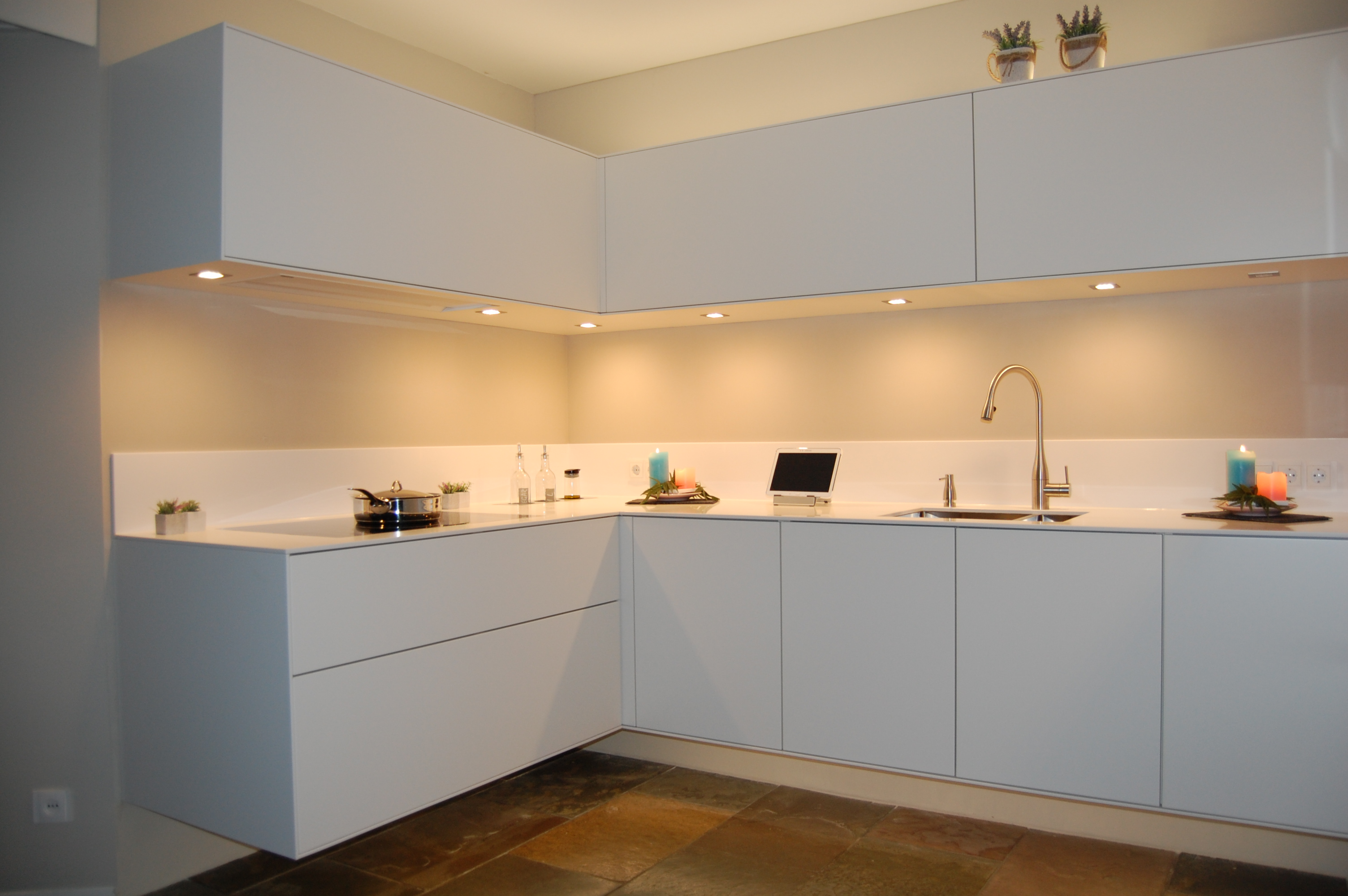 Keuken Wit Mat : Keukens – HL Keukens en Kasten